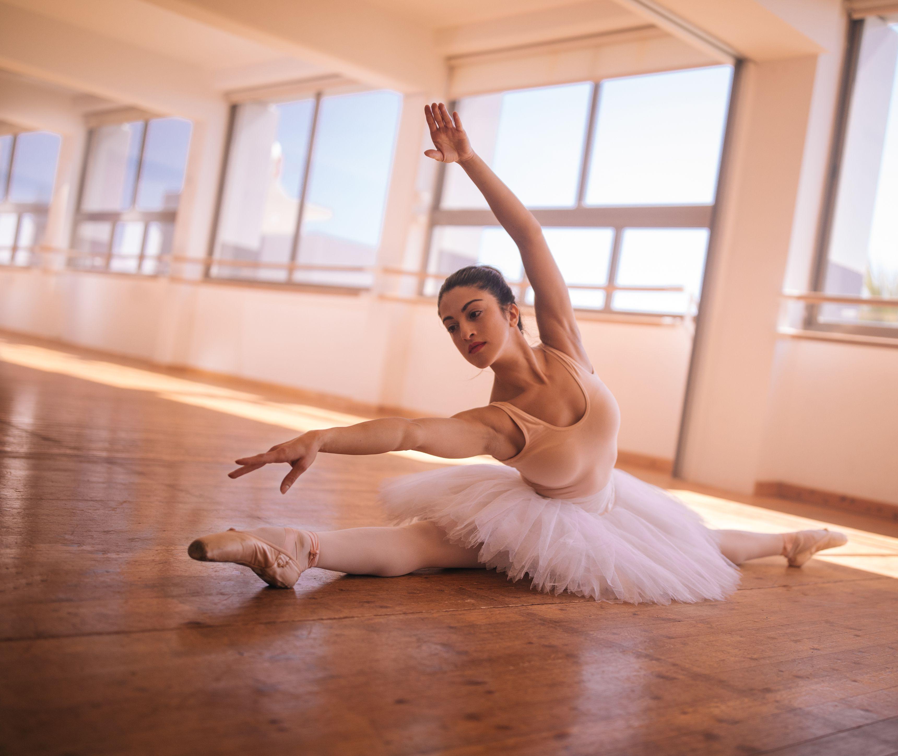 невероятно гибкие балерины странно